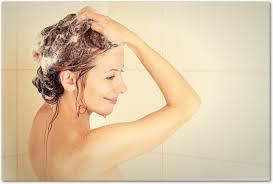 洗髪中に気づいた頭皮のニキビを対策して改善していきました