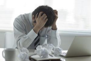 ストレス抱える男性